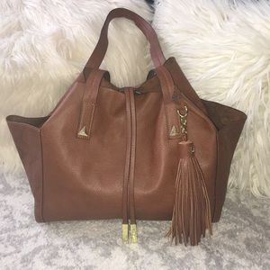 Accepting Offers!! Steve Madden Tote